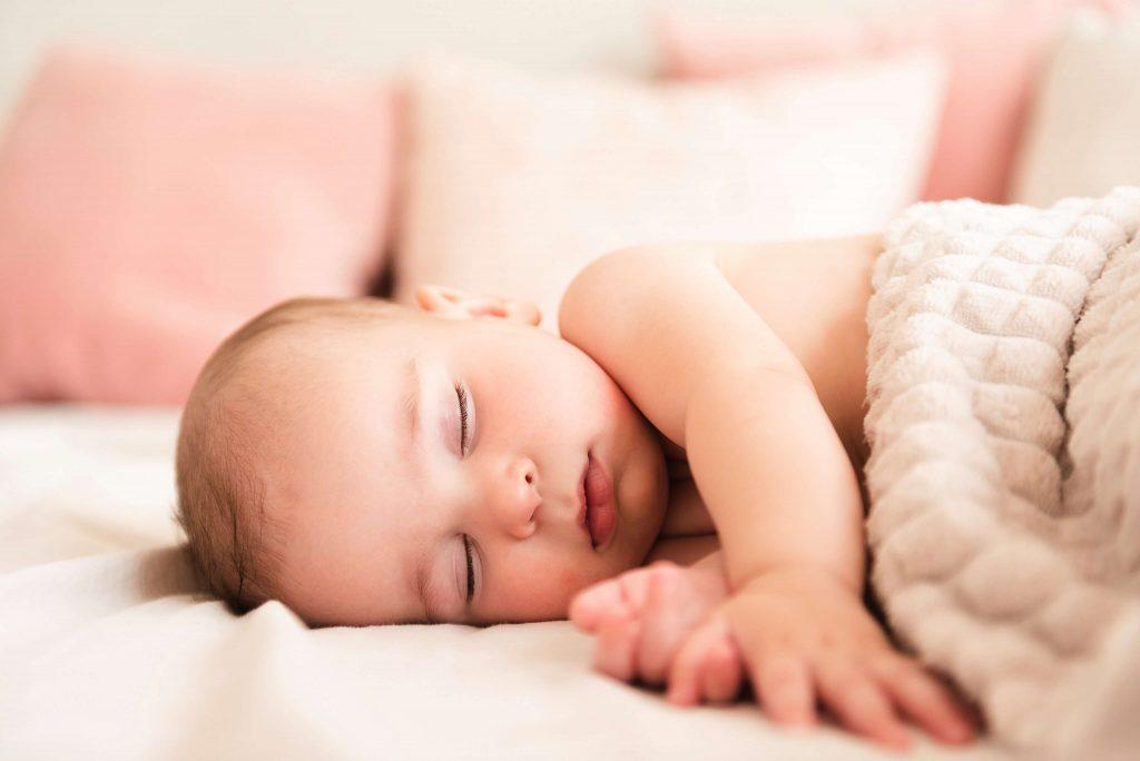 alszik a kisbaba